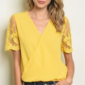 Tops - Short lace sleeve V-neck tunic yellow top